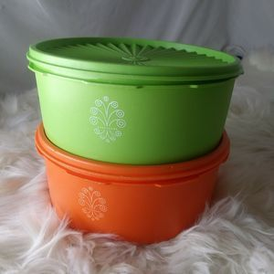 2 VTG Tupperware Orange Servalier Canister